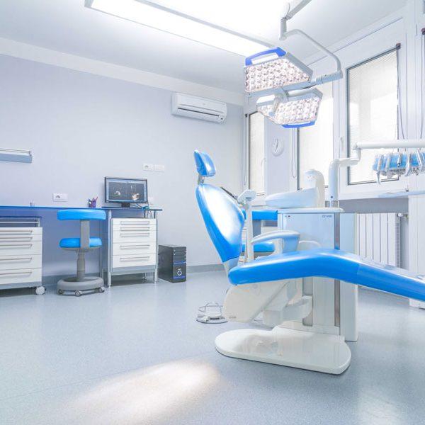 Pulizie-studi-dentistici-e-medici-min